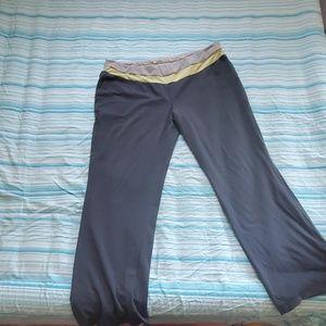 Danskin Now Activewear bottoms
